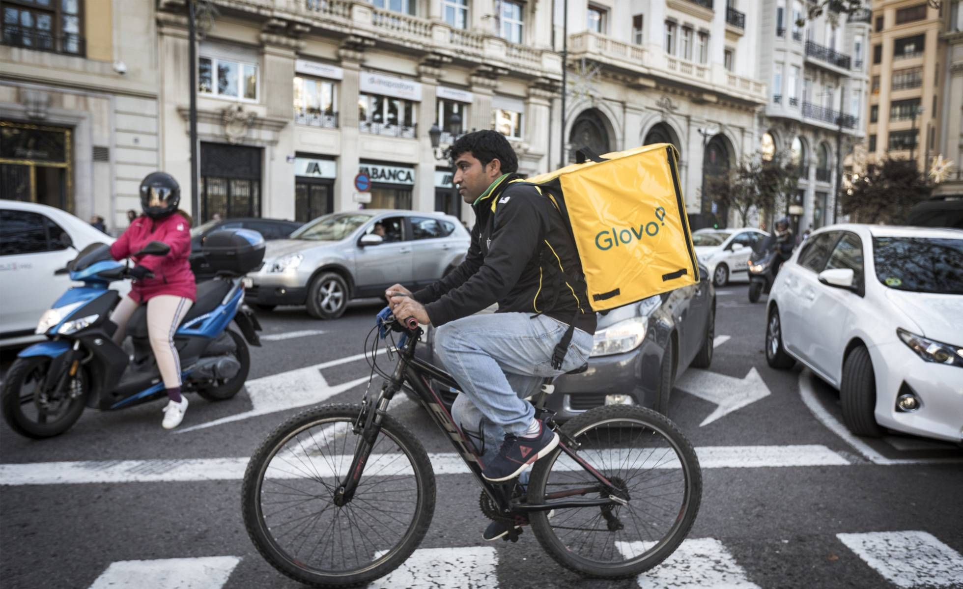 glovo pizza delivery